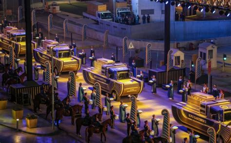 Egypt Holds GOLDEN PARADE as Royal Mummies Move to New Home