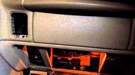 Changing Passenger Side Air Door Actuator on 2003 Chevy
