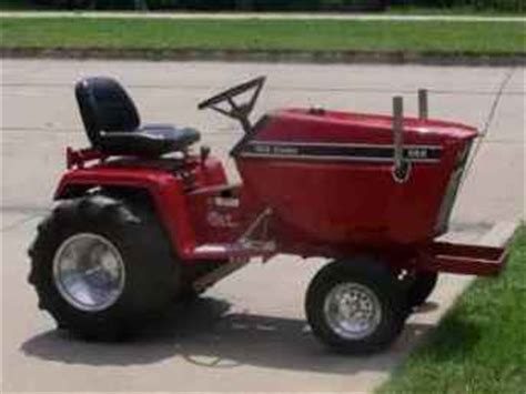 Used Farm Tractors for Sale: Cub Cadet 582 Puller (2010-08